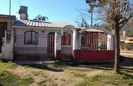 VCA199…HERMOSA CASITA EN EL CENTRO DE BIALET MASSÉ