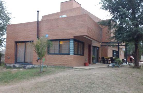 VCA161… Increíble casa en Siquiman a 100 m de Ruta 38
