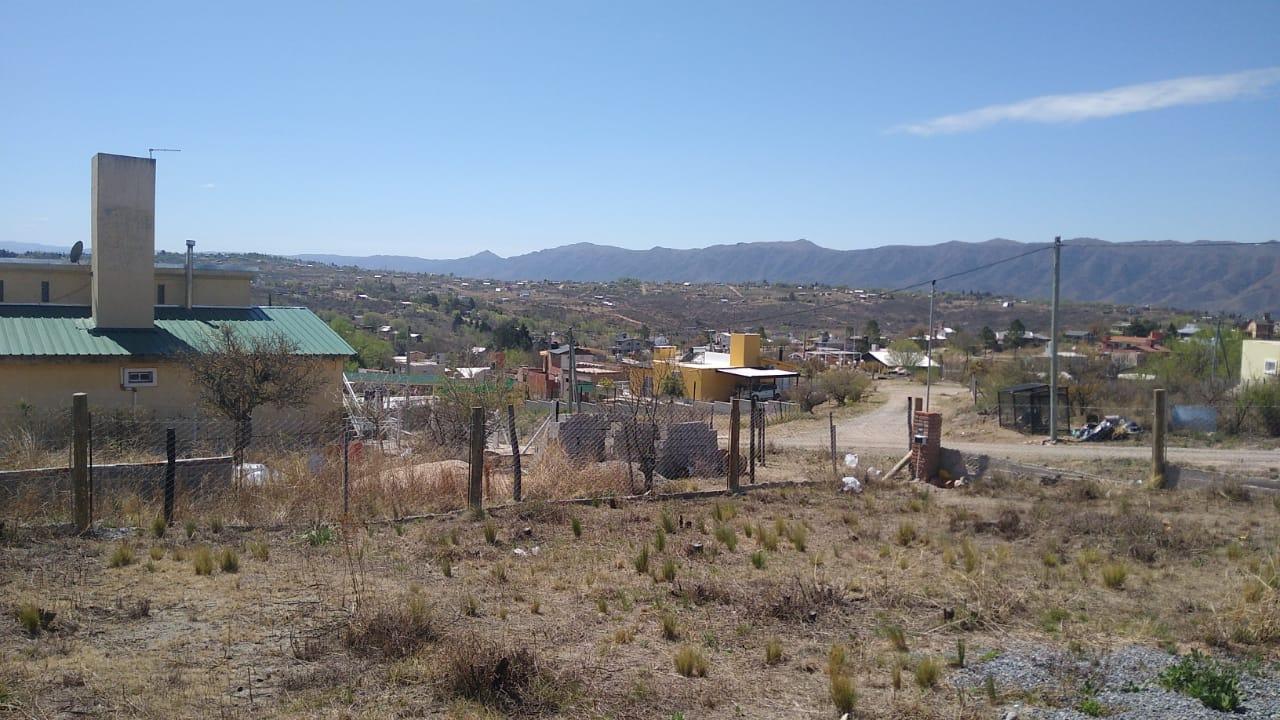 VL84 Síquiman terreno con imponente vista a las sierras